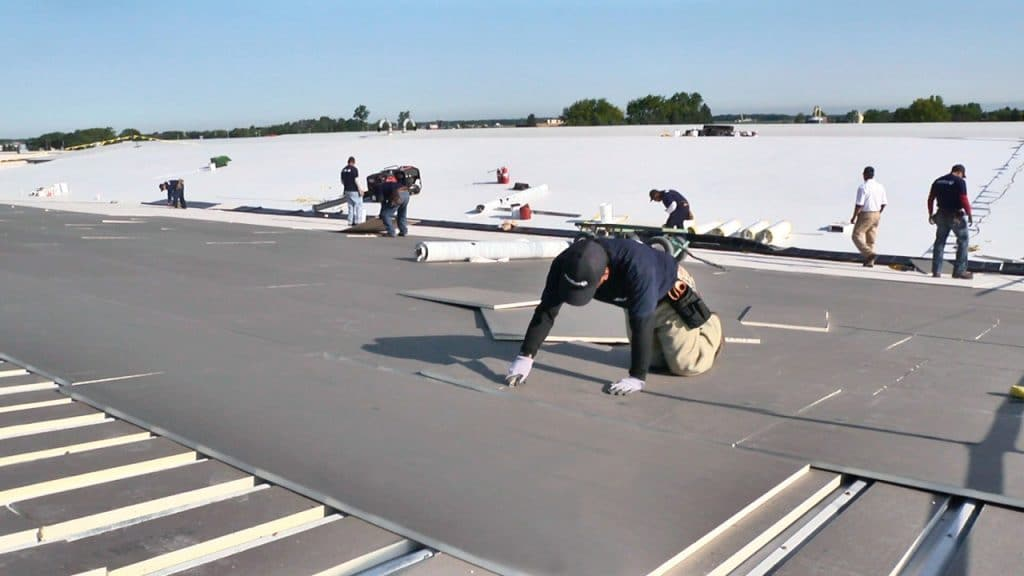 commercial roofing maintenance tips Milwaukee