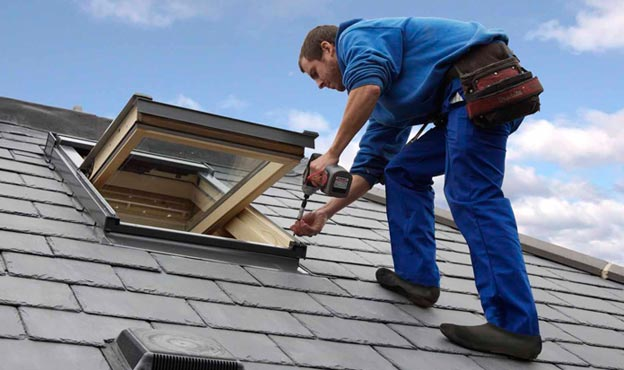 Roofing Contractor In Milwaukee