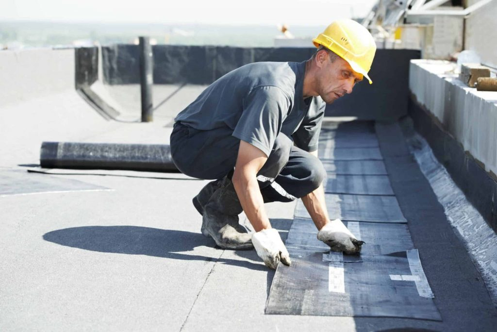 life expectancy for commercial roofs