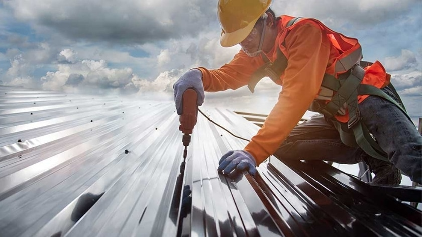 Milwaukee Roofing Contractor