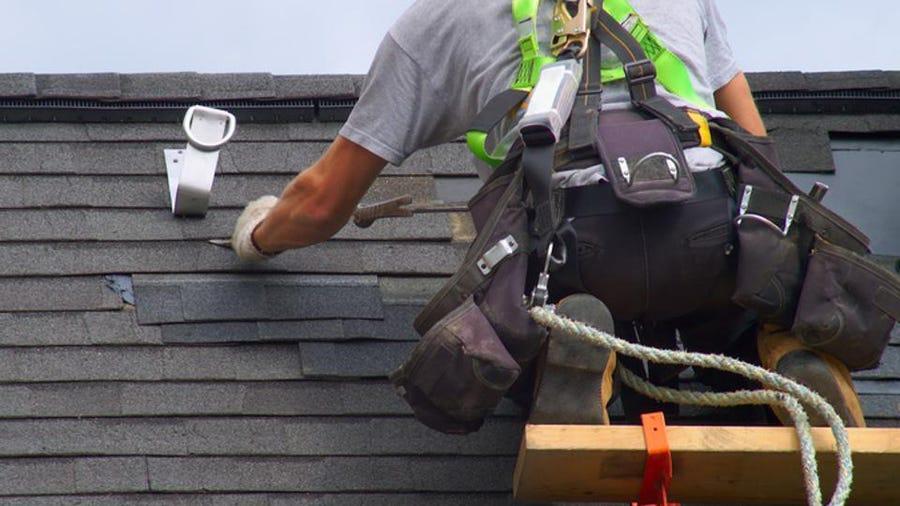 roofing contractor in Milwaukee